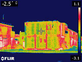 鉄骨住宅をサーモグラフィーで見る