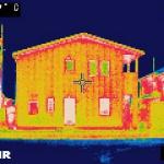 木造住宅をサーモグラフィーで見る